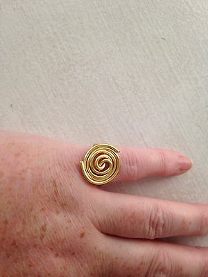 9 ct yellow gold pl ring size o