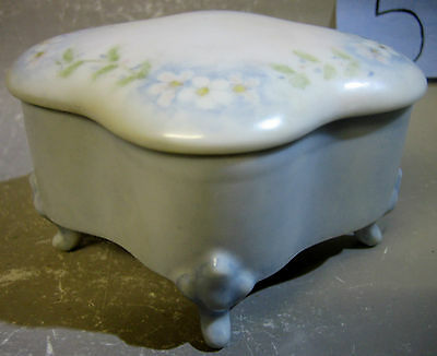 1980s hand painted porcelain trinket box