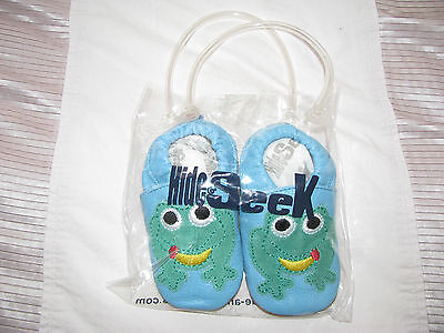 Hide & Seek BNIB Leather Frog Pattern Baby Pram Shoes Size 6-9 Months