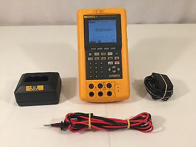 Fluke 744 Documenting Process Calibrator / Accessories / Good Used Condition!!!