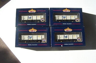 BACHMANN  4 x Yeoman  GLW POA Box Mineral Wagons    Deceased Estate  FREE POST