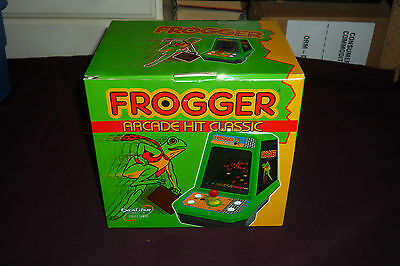 2005 Excalibur Electronics Frogger Table Top Video Game MIB TESTED & WORKING