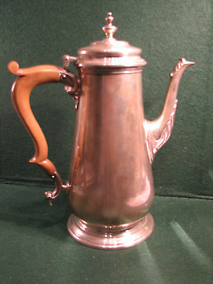 Georgian style solid silver coffee pot.709 grms 10 inches high