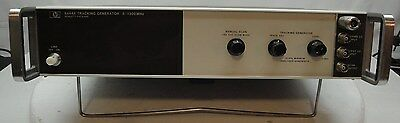 Agilent / HP 8444A  Tracking Generator (.5 - 1300 Mhz)
