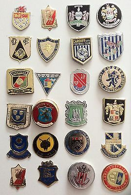 """Football Club Shields & Badges From Esso Collection Up to 1.75"""" Square (4cm)"""