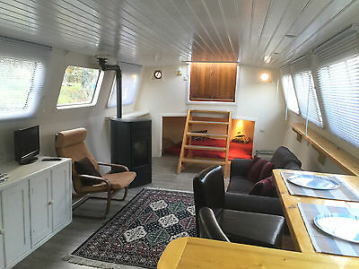 REDUCED Widebeam Dutch Barge houseboat liveaboard w London residential mooring