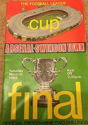Swindon Town League Cup 1969 Matchday Program & Pin Badge