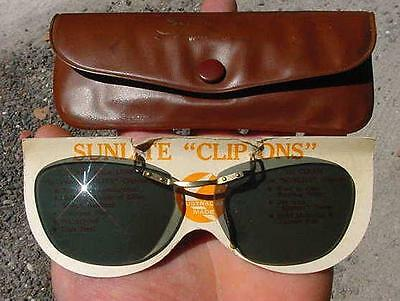 """GENUINE VINTAGE SUNLITE """"CLIP-ONS"""" SUNGLASSES-RETRO ATOMIC-GREEN SHADE-Org.POUCH"""