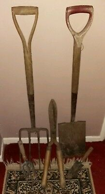Set of Old garden tools. 4 pieces. Spade, fork and small hand tools.