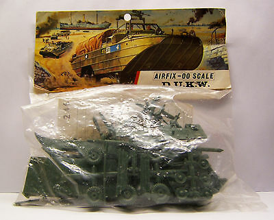 AIRFIX OO SCALE MODEL KIT, D.U.K.W., unmade in Type 3 Red Stripe Bag, 1960er