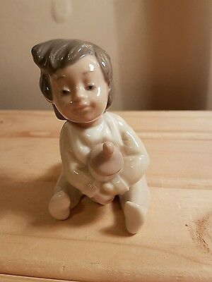 Lladro/Nao - Baby with Bottle - Excellent Condition