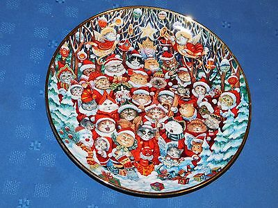 Franklin Mint Santa Claws Cat Plate cats dressed as santa claus by Bill Bell