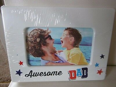 """BRAND NEW, """"AWESOME DAD"""" 4x6"""" PHOTO FRAME - IDEAL GIFT"""