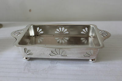 Top quality vintage Mappin and Webb English Silver Plated Dish
