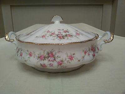 Paragon Victoriana Rose Lidded Tureen
