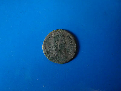 Roman, barbarian, or byzantine coin for cleaning uc3
