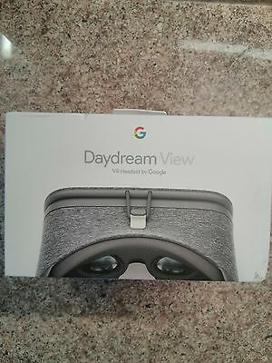 Google Daydream View Vr Headset. Brand New, Boxed & Sealed.