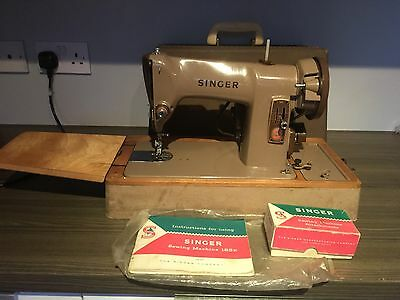 Vintage  185K  Electric Singer   Sewing  Machine. Heavy Duty With  Accessories.