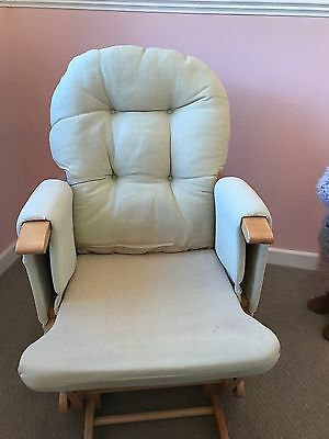 Hauck Glider Rocking Chair With Foot Stool. Natural/ Beige Colour