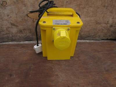 110 Volt - Transformer Fitted With A   - *** 32 Amp **  Socket  ***