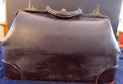 Antique Large Warranted Cowhide Leather Valise Doctors Bag