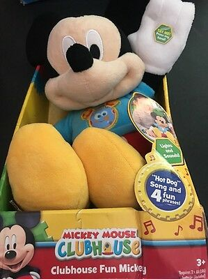 Mickey Mouse Plush Plays Hot Diggity Dog Song & 4 Fun Clubhouse Phrases Disney