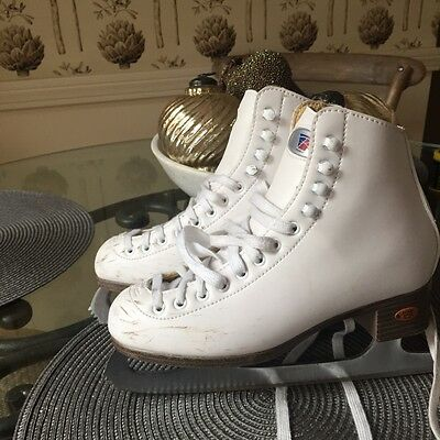Riedell womens Girls Size 4 White  Figure Ice Skates