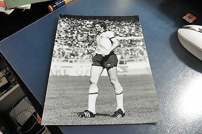 1980 Willie Young Arsenal FA Cup Final Press Photo B&W v West Ham -215mm x 165mm