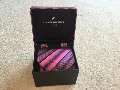 Lovely Tie And Matching Cufflinks Box Set