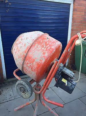 Cement Mixer 240 V With Stand