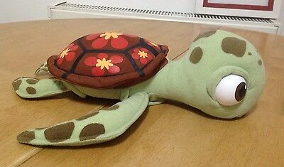 RARE Disney Store Finding Nemo TALKING Squirt baby turtle Soft Plush Toy��
