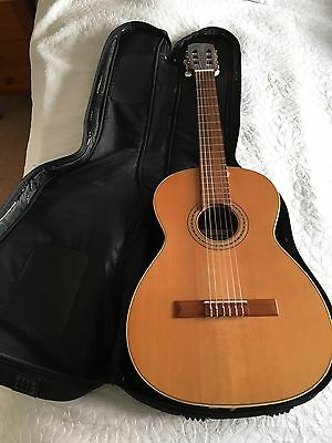Full Size Acoustic/Classical Guitar, Nylon Strings, Excellent Condition,with Bag