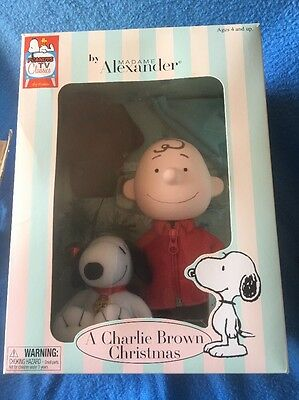 Peanuts Madame Alexander  A Charlie Brown Christmas Doll With Snoopy New