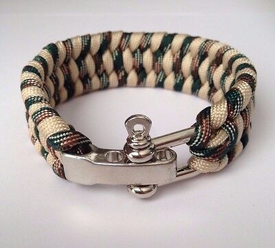 550lb Paracord Survival Weave Bracelet With Stainless Bow Shackle in Camouflage
