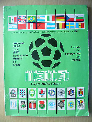 1970 MEXICO WORLD CUP FINAL - Signed by BOBBY MOORE & Other England Players
