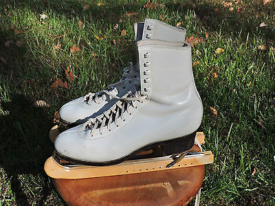 Harlick Womens Figure Skating White Boots 7 1/2 AAA With Sheffield MK Blades