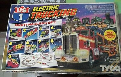 Tyco US 1 Trucking Night Haulers Lighted Slot Car Set Complete #3219 9 Stations
