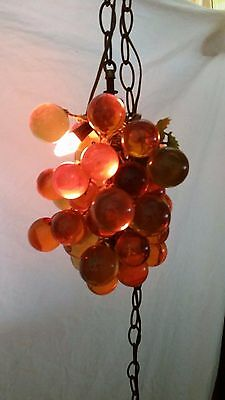 Vintage MID CENTURY Hanging GLASS GRAPES Lucite SWAG GRAPEVINE Lamp Amber & Yell