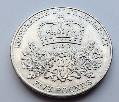 2010  Uk £5 Restoration Of The Monarchy Coin