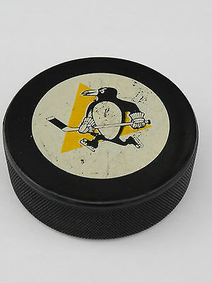 VINTAGE  INGLASCO NHL HOCKEY PUCK Skating Pittsburgh Penguins MADE IN CANADA