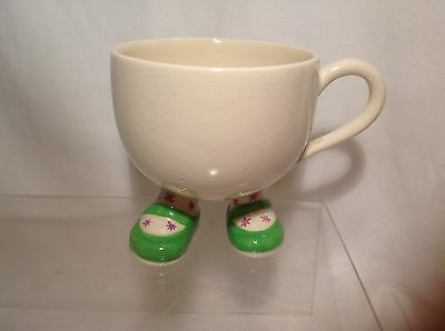 �� VINTAGE CARLTON WARE LUSTRE POTTERY WALKING WARE GREEN SHOES CUP c.1970s