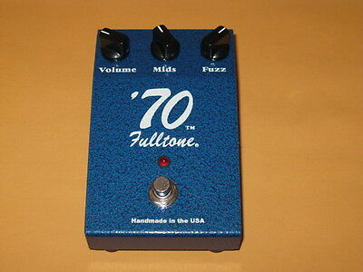 very lightly used FULLTONE '70 FUZZ (older style casing) from 2009
