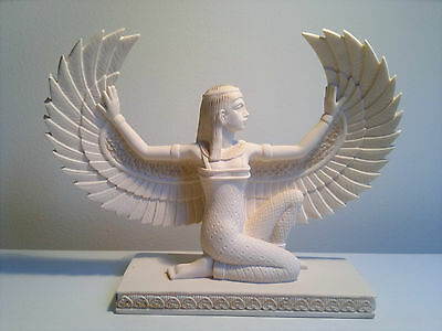 BN Isis Statue 20cmx15.5cm Egyptian Goddess of Life & Love Guide of the Underwor