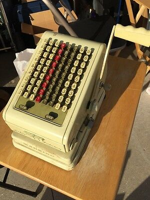VINTAGE PAYMASTER CHECK WRITER 7000 SERIES, With Key.