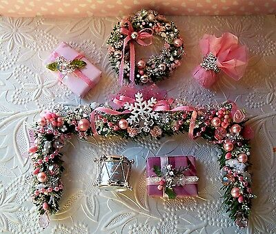 Dollhouse miniature ShabbyPINK Cottage Chic CHRISTMAS Garland, Wreath  & MORE