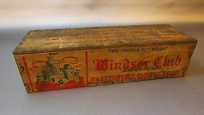 Vintage Windsor Club 2 lb. Wooden Cheese Box,Green Bay, WISCONSIN - INVENTORY 1