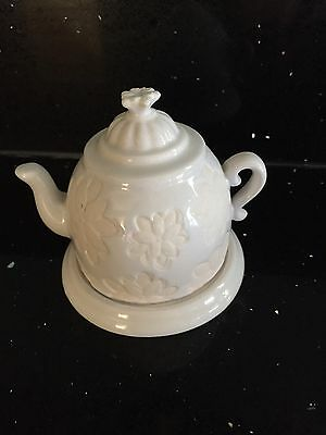 Partylite Teapot Tealight Candle Holder White Flowers