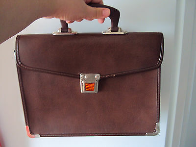 TEXON authentic VINTAGE briefcase small light weight brown leather company 70s