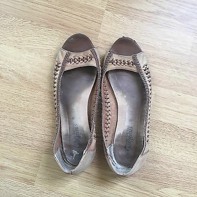 ladies flat shoes size 6 used