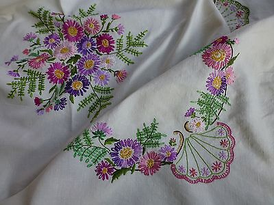 Vintage 1930's hand embroidered linen tea tablecloth daisies and ferns